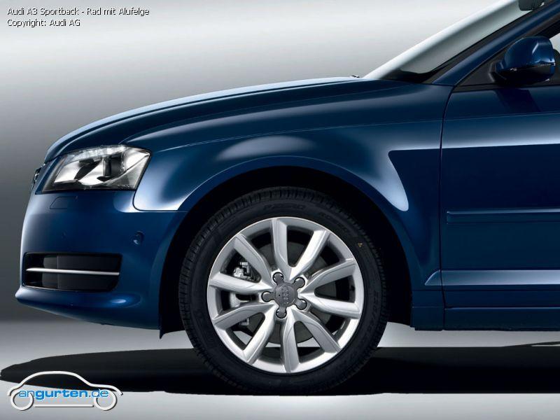 Audi A 3 2010 >> Foto Audi A3 Sportback - Rad mit Alufelge - Bilder Audi A3 Sportback 2010 - Bildgalerie (Bild 7)