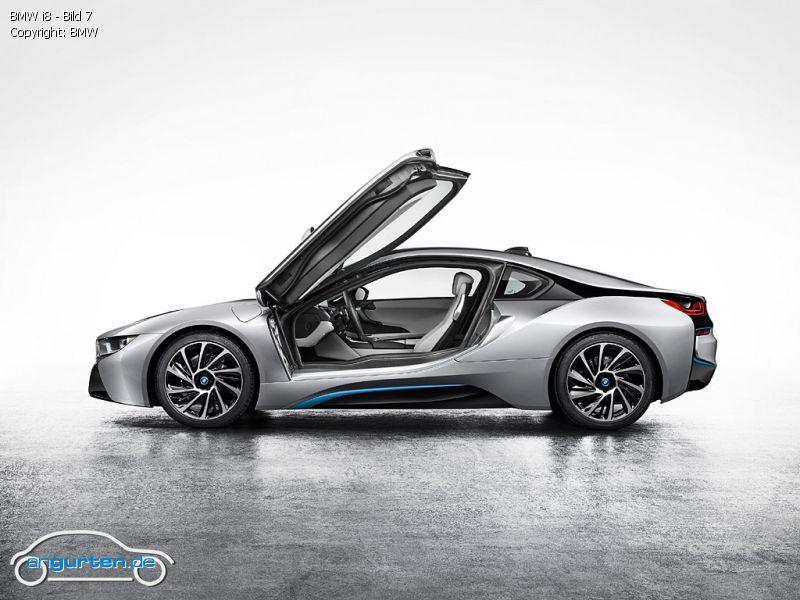 Foto Bild BMW I8 Bild 7 Angurtende