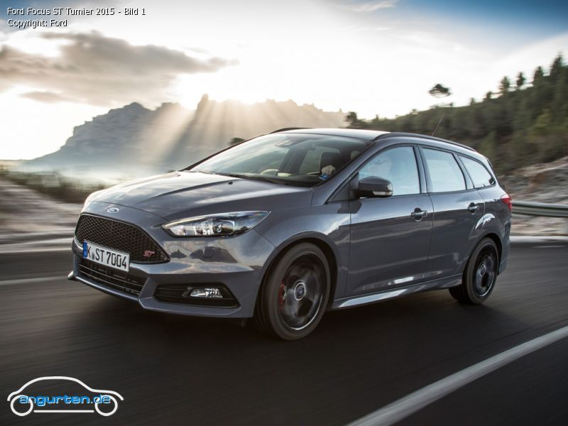 foto ford focus st turnier 2015 bild 1 bilder ford. Black Bedroom Furniture Sets. Home Design Ideas
