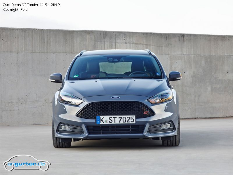 foto ford focus st turnier 2015 bild 7 bilder ford. Black Bedroom Furniture Sets. Home Design Ideas
