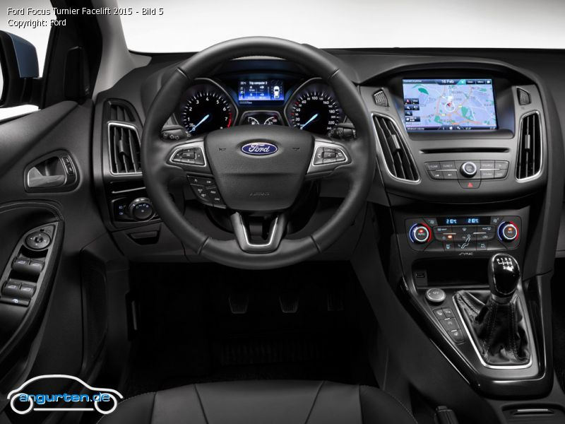 foto ford focus turnier facelift 2015 bild 5 bilder ford focus turnier facelift 2015. Black Bedroom Furniture Sets. Home Design Ideas