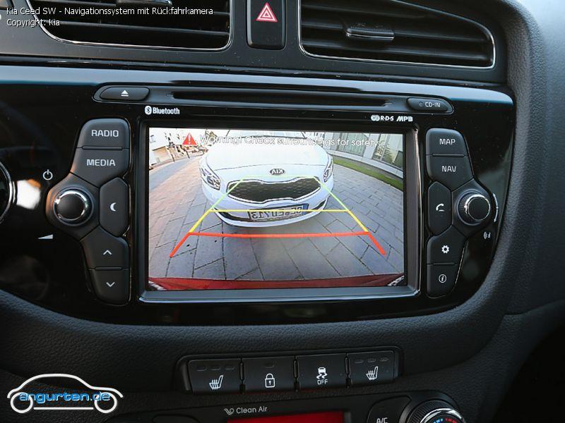 foto kia ceed sw navigationssystem mit r ckfahrkamera