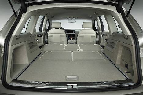 Foto Bild Audi Q7 Laderaum Angurten De