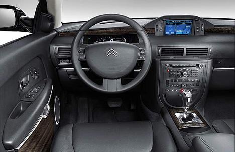 Foto Bild Citroen C6 Cockpit Angurten De