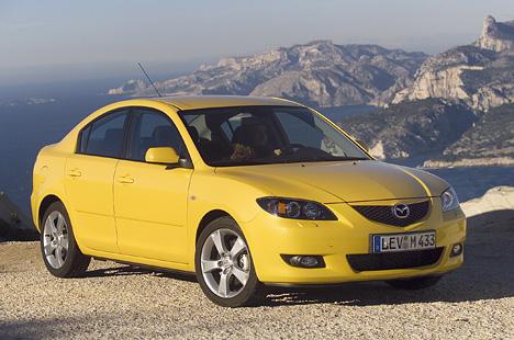 Foto Bild Mazda 3 Gelb Front Angurtende