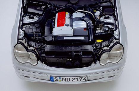 Foto Bild Der Motor C 200 Kompressor Angurten De