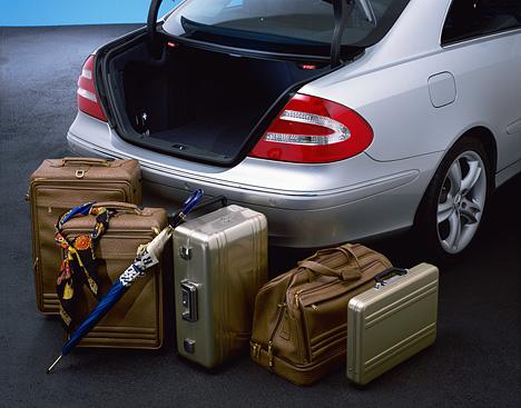 Foto Bild Der Kofferraum Des Clk Hat Ein Ordentliches