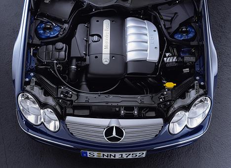 Foto (Bild): Mercedes CLK, CLK 270 CDI Motorraum (angurten.de)