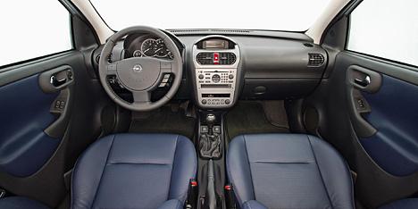 Foto Bild Das Cockpit Des Opel Corsa Angurten De