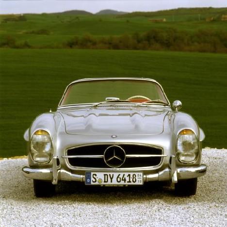 M rz 1957 mercedes benz pr sentiert den 300 sl roadster for Mercedes benz daimler chrysler
