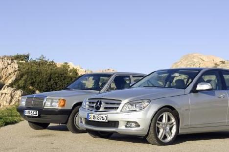 Vom baby benz zum bestseller 25 jahre c klasse for Mercedes benz daimler chrysler