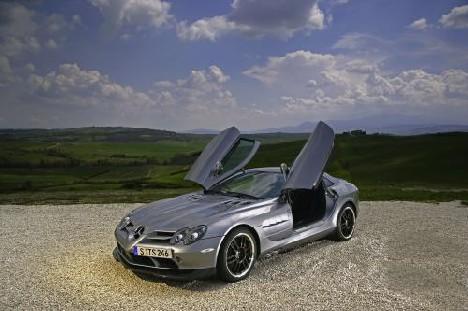 Aus dem rennsport geboren mercedes benz slr mclaren 722 for Mercedes benz daimler chrysler